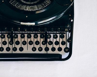 Iscrizione Scuola di scrittura Passaggi - macchina da scrivere